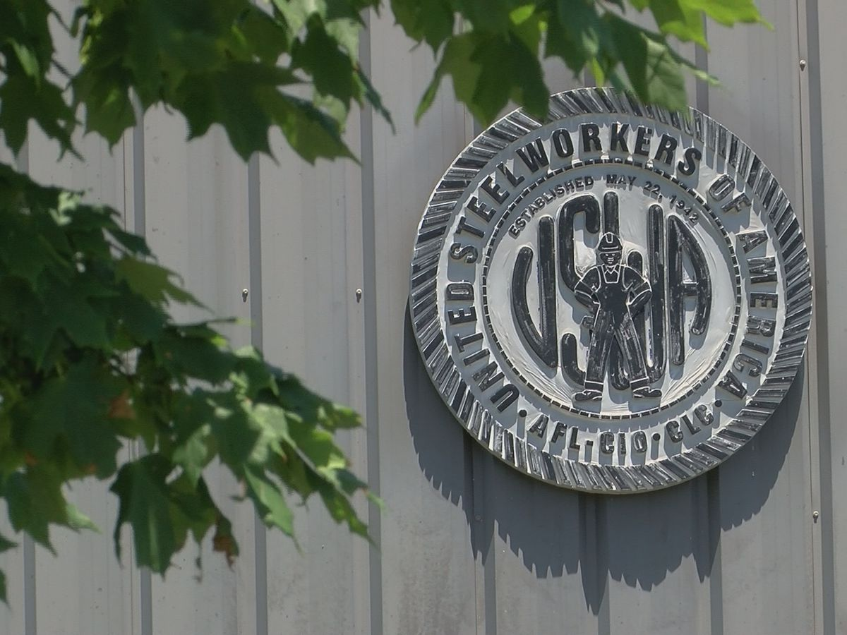 Negotiations continue between Alcoa and United Steelworkers