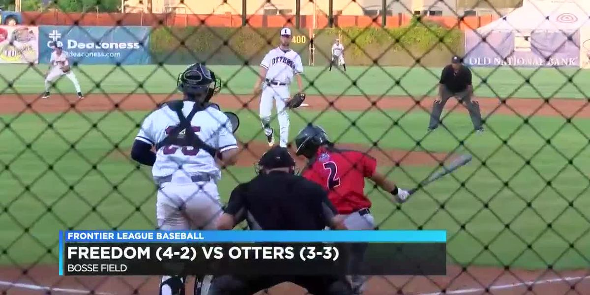 Otters vs Florence Freedom game 1