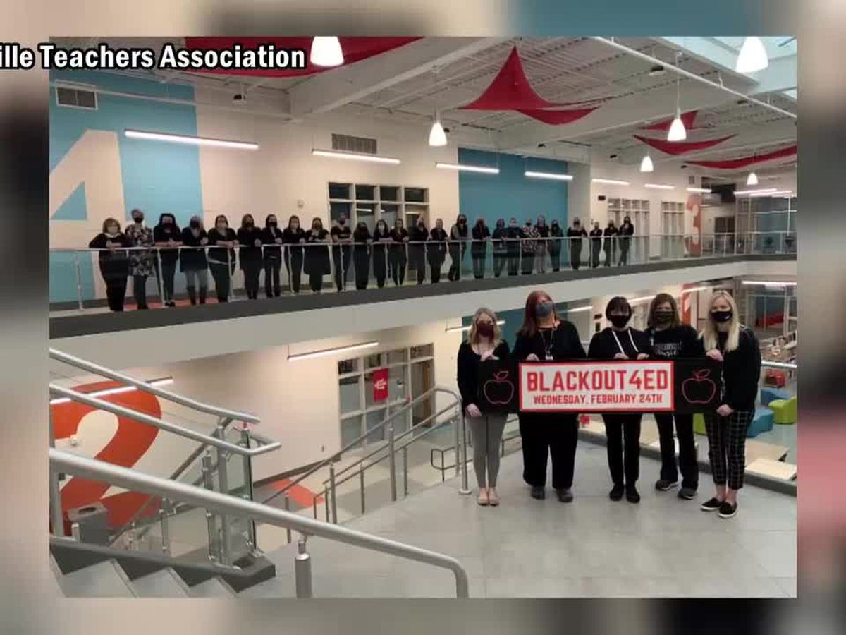 Evansville teachers wear black to send message to state lawmakers