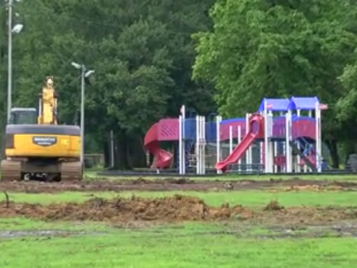 Demolition starts at Garvin Park, Aquatic Center to open end of 2020