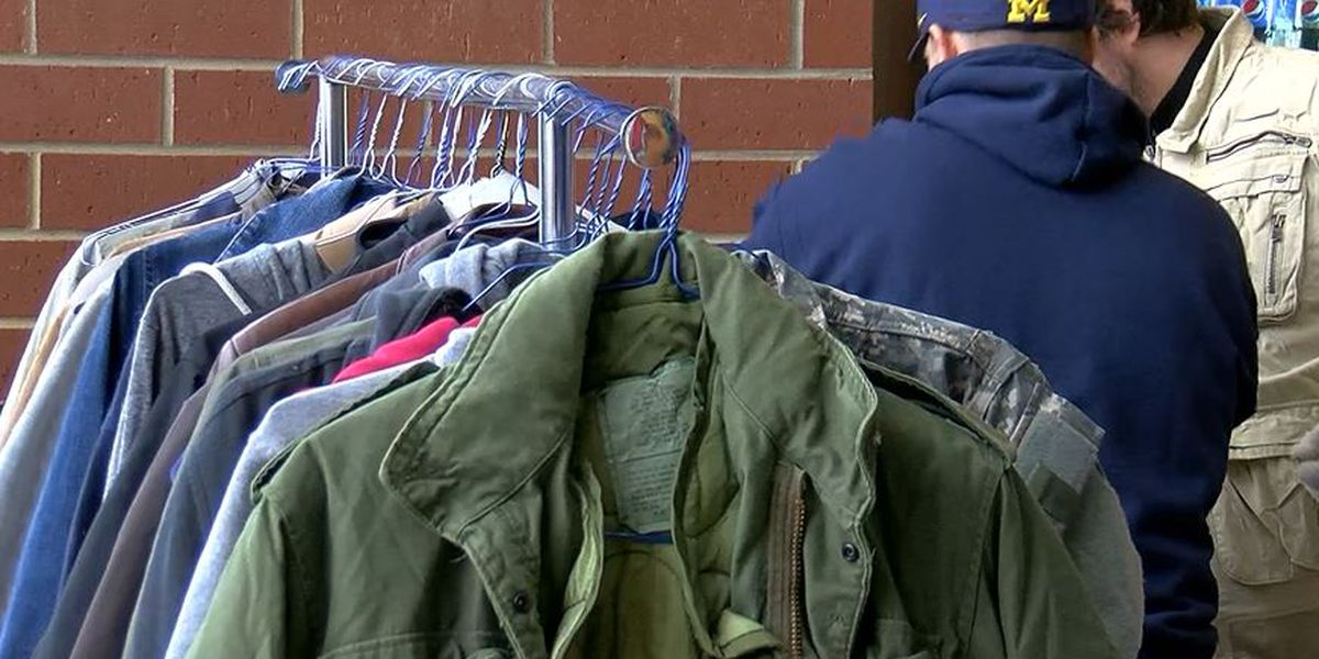 Evansville Rescue Mission needs coats by Tuesday evening